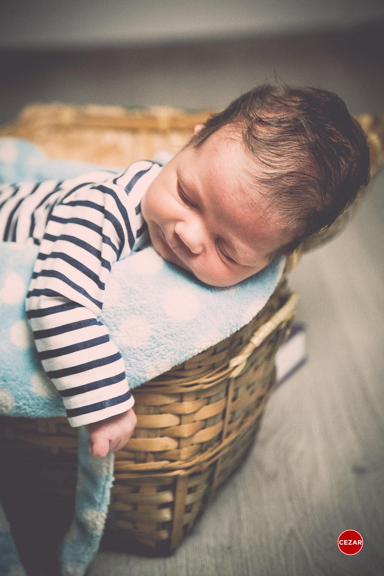 fotografie artistica nou nascuti newborn photography bebelusi primele 2 saptamani