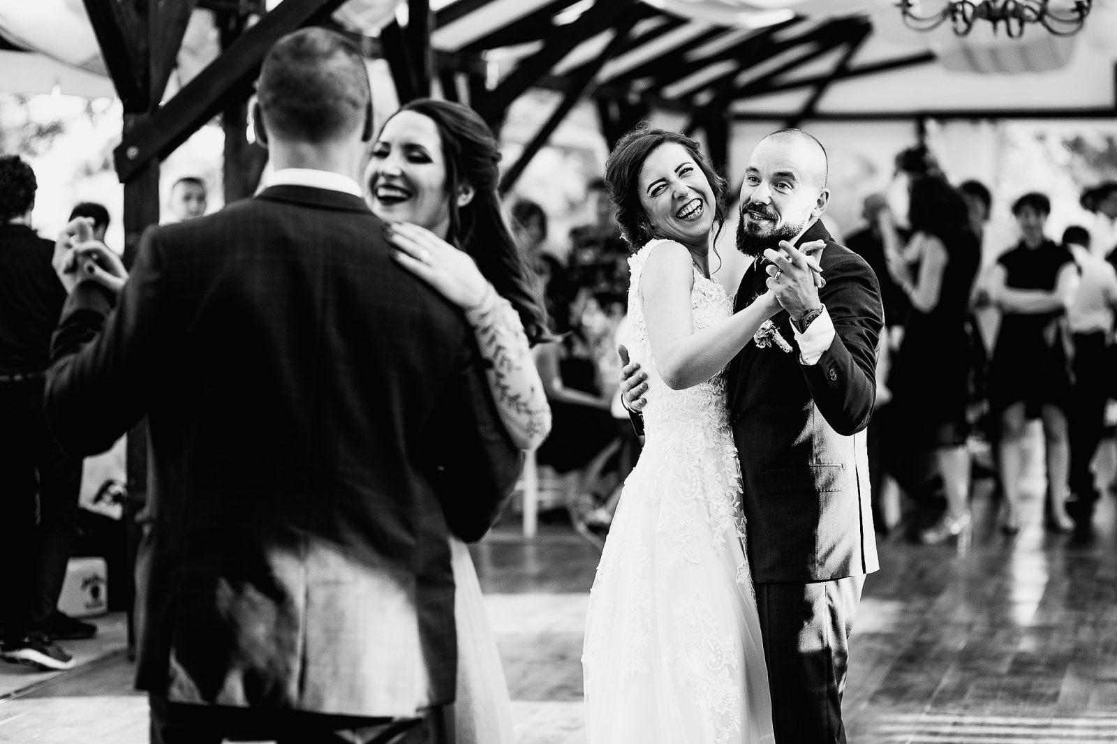 fotograf foto nunta mures cort ana voievodeni pachet nunta pret fotografie artistica creativa mire mireasa fotografii creative cezar buliga